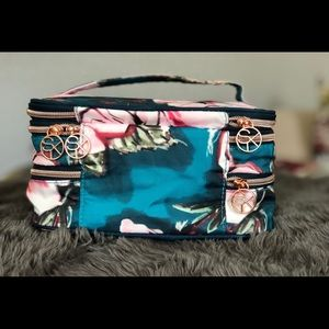 Sonia Kashuk Makeup - 3 Tier, Small Train Case
